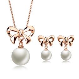 Round Pearl bowknot Jewelry Sets - Earrings & Pendant in Gold Pla